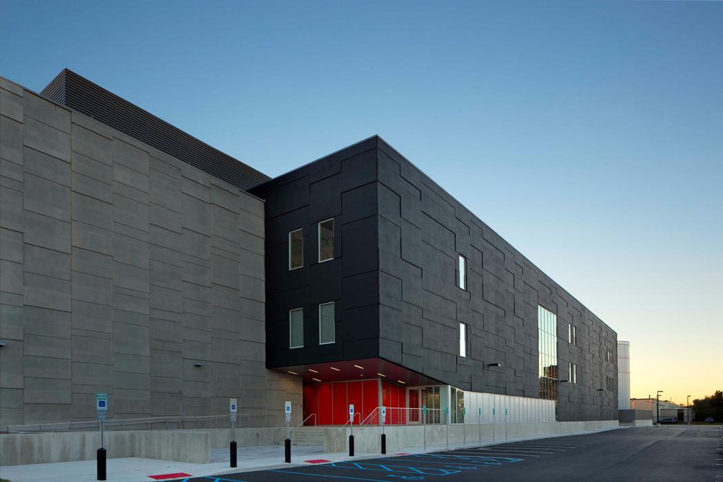 دیتا سنتر Equinix NY4 Data Center, Secaucus,نیوجرسی